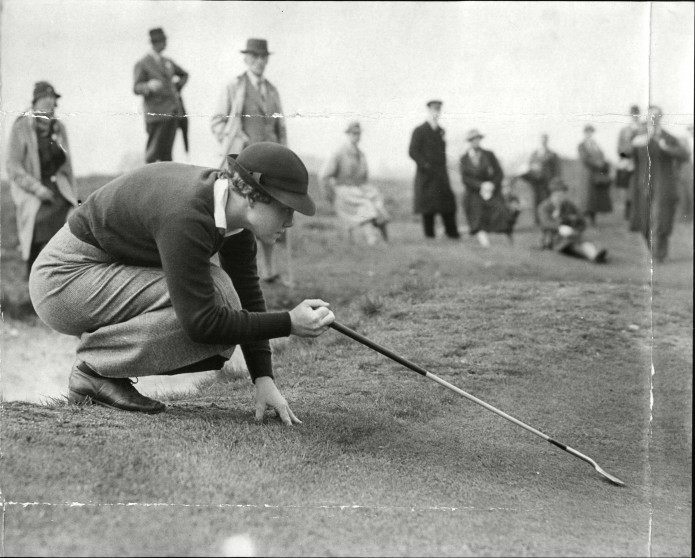 female-professional-golfer-patty-berg-playing-in-a-friendly-fixture-at-sandy-lodge-695x558