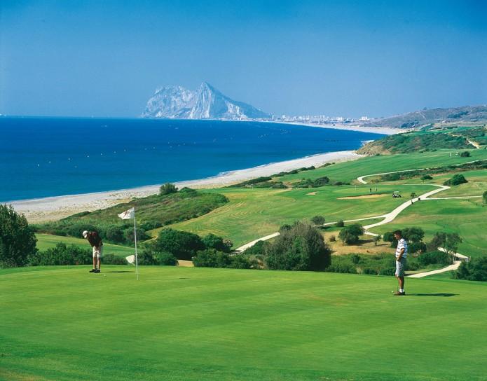 Andalusian kiehtovat golfresortit - Almerimar ja Alcaidesa tarjoavat  laadukasta golfia ja rentoa lomailua