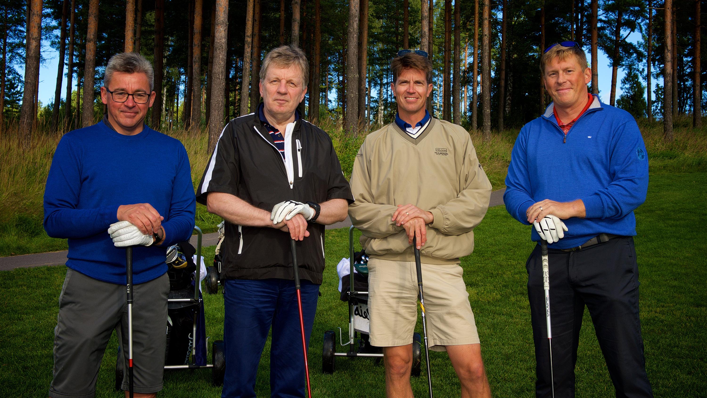 Esko Ahon kanssa kilpailivat Mika Joukio, Petri Helsky ja Pasi Tolppanen.
