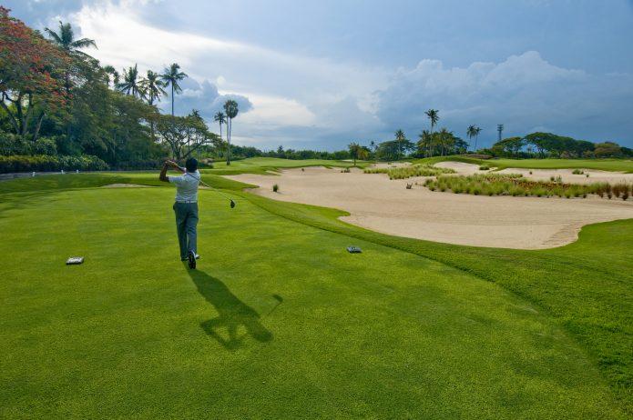 Unelmien golfloma kiehtovalla Balilla
