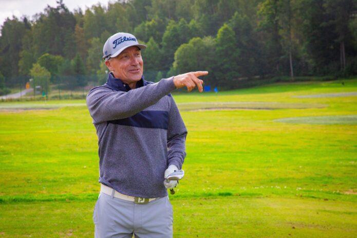 Minea Blomqvist-Kakko värväsi golf-koulunsa valmennusryhmään luottoluotsinsa Timo Rauhalan